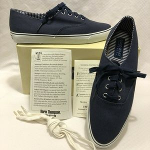 NIB: COLE HAAN SPORTING KAYLA NAVY CANVAS SHOES 10